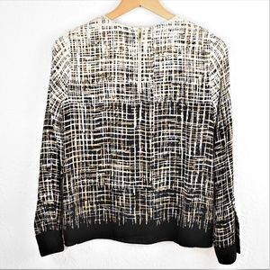 Vince Camuto Abstract Long Sleeve Blouse Petite XS